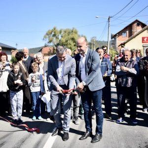 Отворена обновљена Улица Петра Великог у Чесми