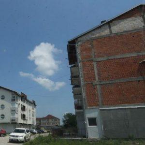 Спорне зграде у Лазареву ускоро добијају канализацију