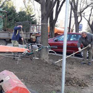 Уређење зеленила: Обнова травњака, ускоро и прво кошење
