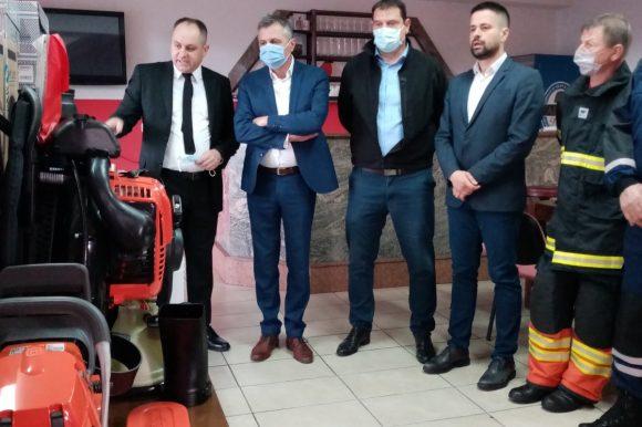 Нова опрема за Ватрогасно друштво Врбања