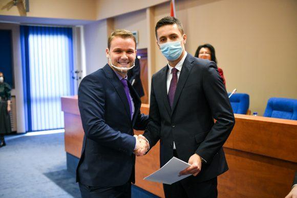 Станивуковић поручио Илићу да политика не треба да буде препрека за сарадњу