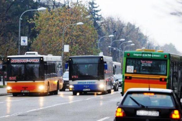 Јавни превоз у пуном капацитету: До 21. јануара тзв. школски ред вожње