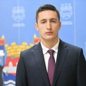 Младен Илић
