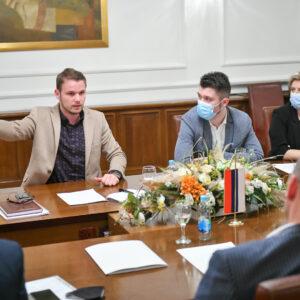 Градоначелник са директорима: Идемо у револуционарну реформу јавних установа и предузећа