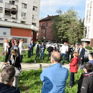 """Градоначелник разговарао са станарима који живе у кругу некадашњег кина """"Козара"""""""