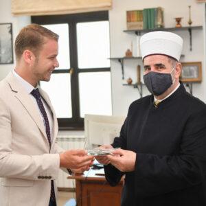 Рамазански бајрам: Градоначелник разговарао са муфтијом бањалучким и обишао неколико породица