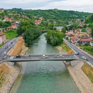 Изградња моста у Топлицама у завршној фази