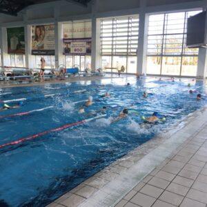 У програму бесплатне обуке непливача 300 ученика
