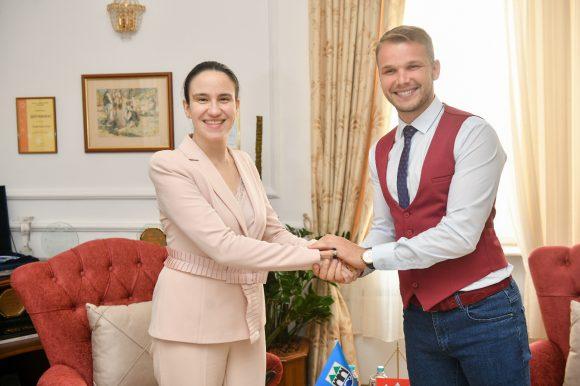 Градоначелница Сарајева посјетила Бању Луку: Разговор о будућој сарадњи два града