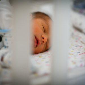 Подношење захтјева од сутра: Подршка породиљама од 500 до 2.000 КМ