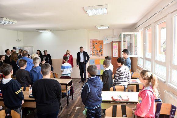 Подручна школа у Пријечанима у новом руху