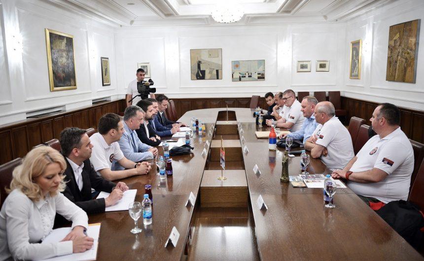 Амиџић са делегацијом Јабланичког и Пчињског округа