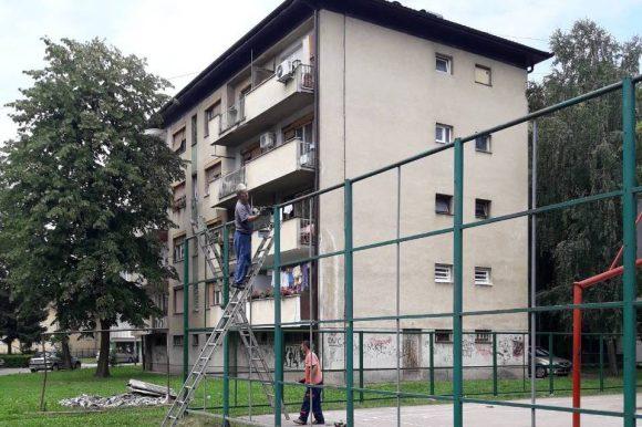 Поправка спортског игралишта у Улици Милана Бранковића
