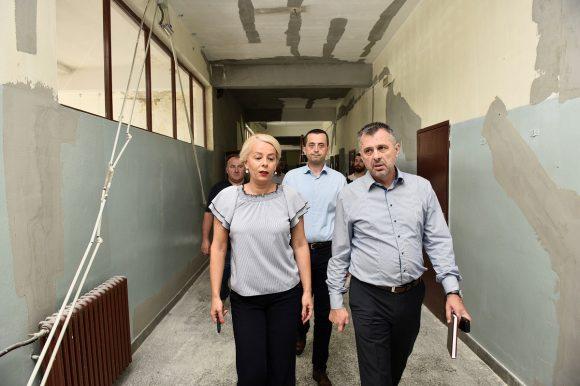 Радови у пуном јеку: 140.000 КМ за санацију крова Техничке школе