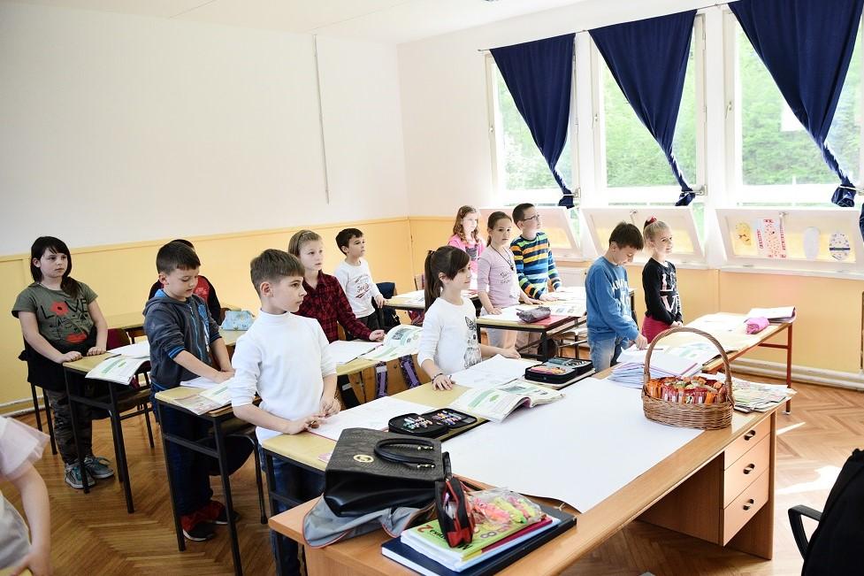 Škola u Pavlovcu (Foto: arhiva)