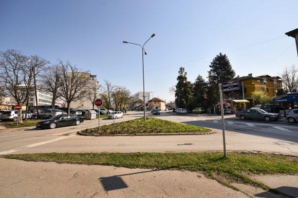Novi kružni tok na raskrsnici kod Policijske uprave