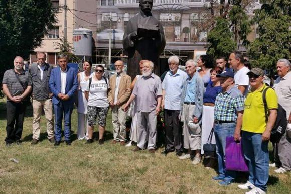Положени вијенци на Кочићев споменик у Београду