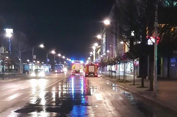Цивилна заштита: Прање и дезинфекција улица и јавних површина