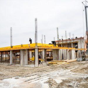 У инат кризи: Интензивирани радови на вишенамјенском објекту на Петрићевцу